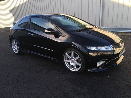 2010 HONDA CIVIC 2.0 I-VTEC TYPE-R GT, 2 OWNERS, ULTRA LOW MILES SOLD (picture 1 of 6)
