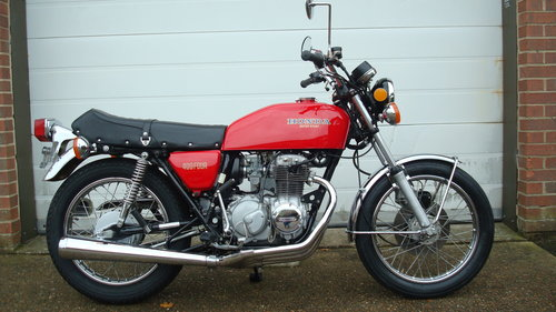 Honda CB400F SUPER SPORT 400 FOUR 1975-N **12,466 MILES** SOLD (picture 1 of 6)
