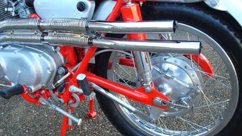 Honda CL77 SCRAMBLER 305 1966-D **6711 MILES** SOLD (picture 4 of 6)