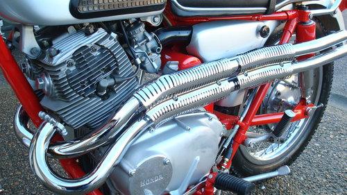 Honda CL77 SCRAMBLER 305 1966-D **6711 MILES** SOLD (picture 5 of 6)