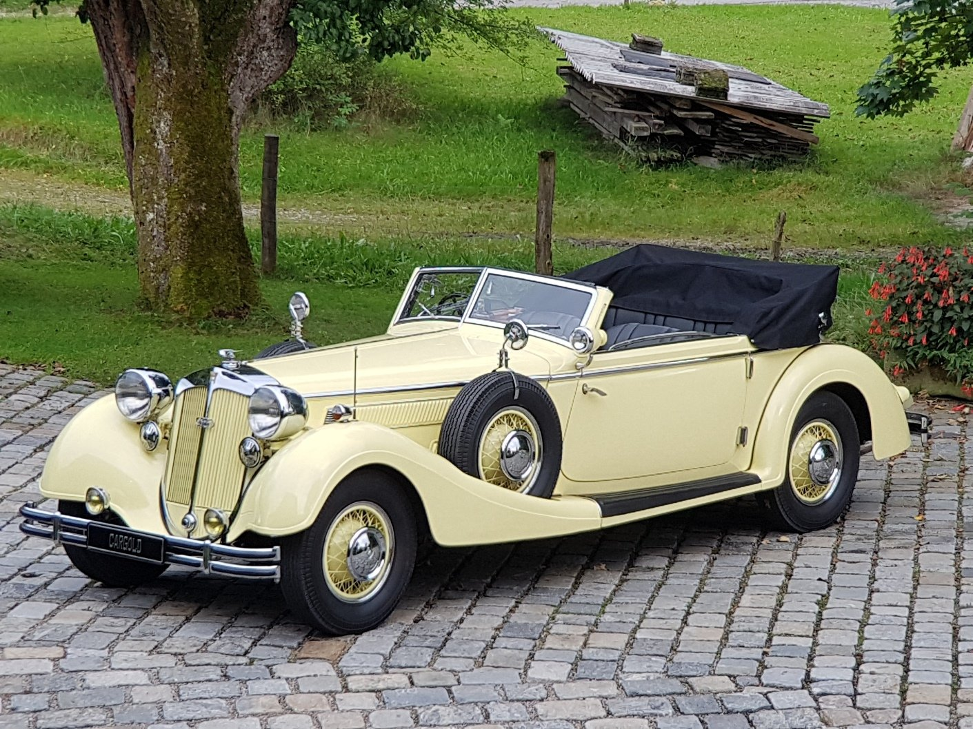 1936 Horch 853 Sport Cabriolet, one of 4 RHD examples! For Sale (picture 1 of 6)