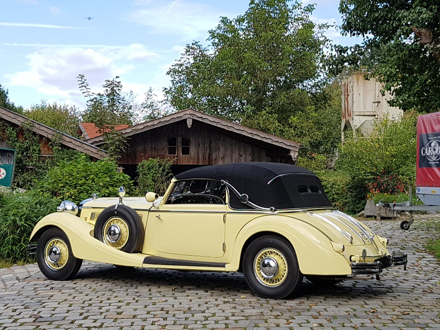 1936 Horch 853 Sport Cabriolet, one of 4 RHD examples! For Sale (picture 4 of 6)