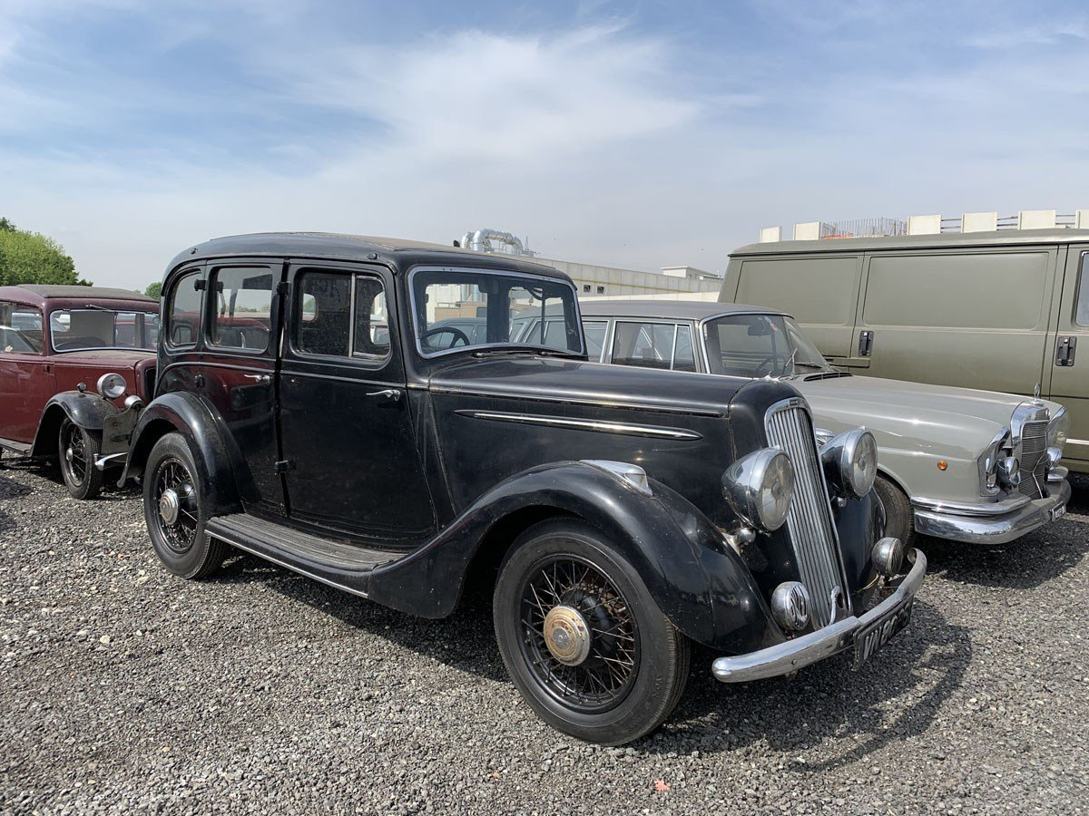 1935 Humber 12hp Saloon For Sale by Auction (picture 1 of 4)