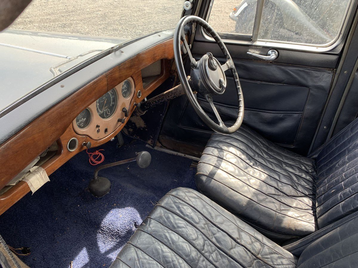 1935 Humber 12hp Saloon For Sale by Auction (picture 2 of 4)