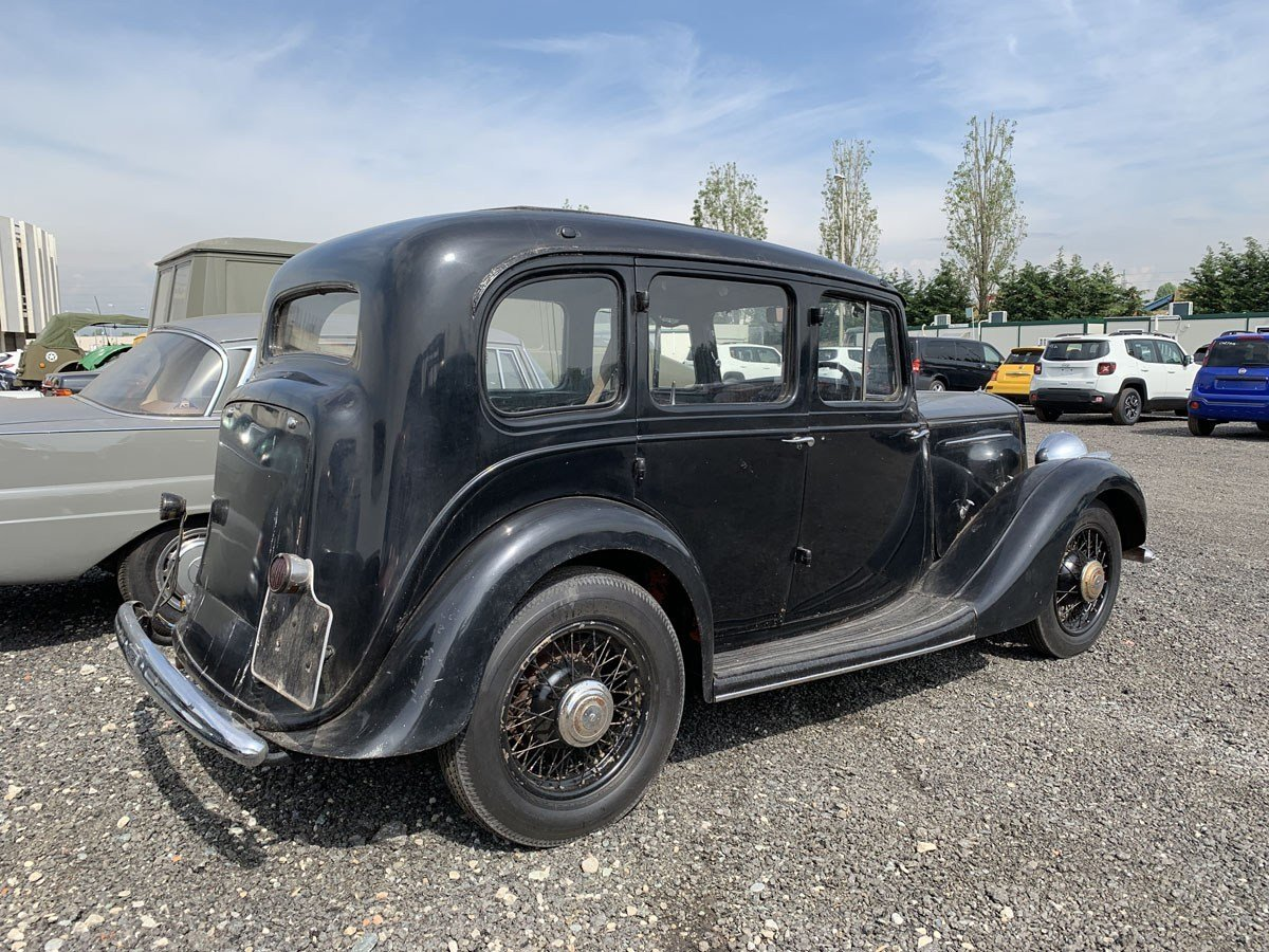 1935 Humber 12hp Saloon For Sale by Auction (picture 3 of 4)