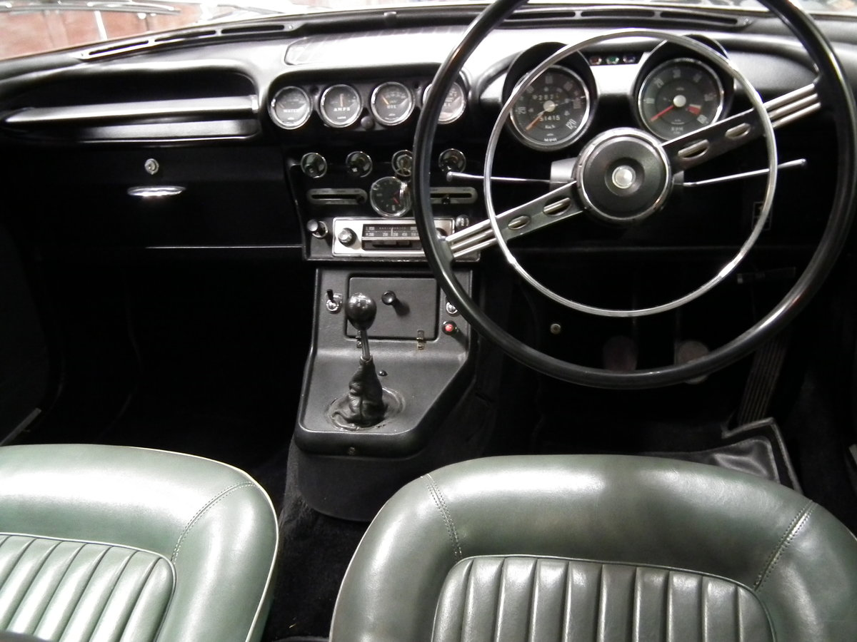 1965 Humber Sceptre MK1 Excellent.£7850 SOLD (picture 6 of 6)