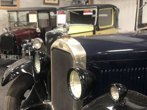 1929  Humber 16/50 saloon - Award Winner