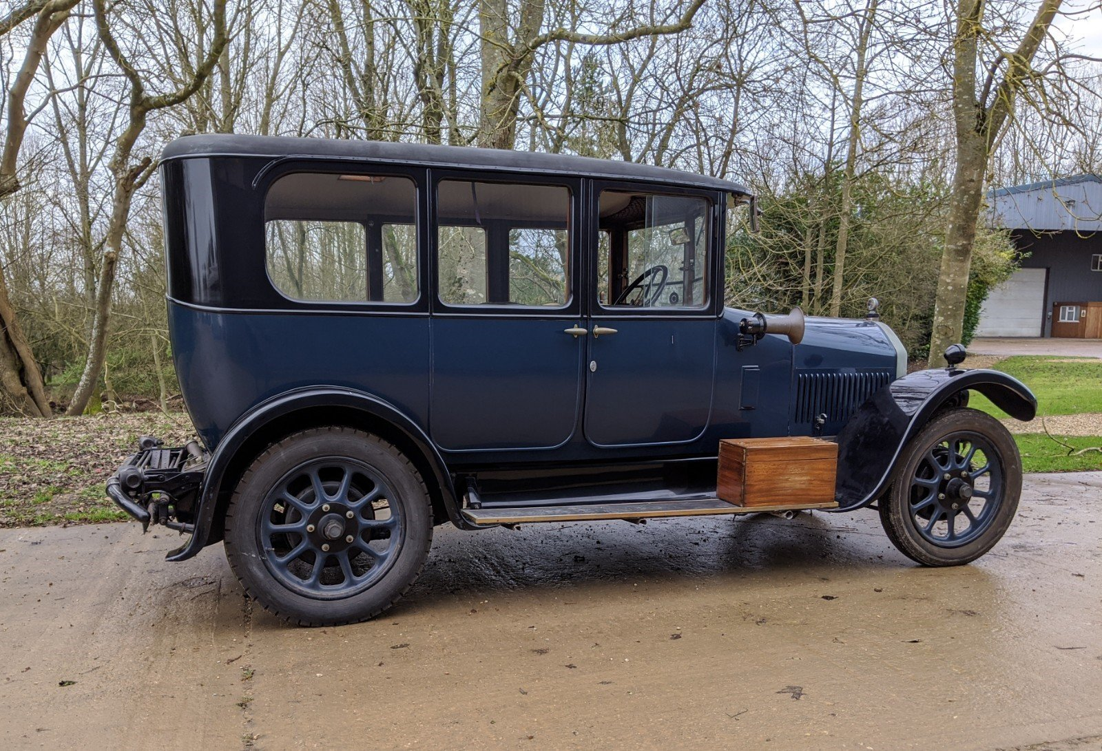 1927 Humber 14/40 Six Light Saloon For Sale (picture 2 of 6)