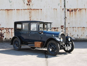 Picture of 1927 Humber 1440 Six Light Saloon For Sale by Auction
