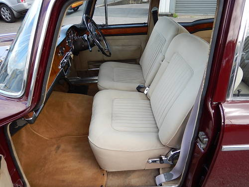 1965 HUMBER IMPERIAL Automatic Saloon ~  SOLD (picture 4 of 6)