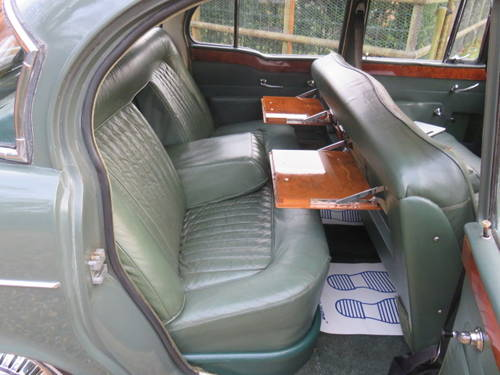 1960 Humber Super Snipe Series 2 (Credit Cards Accepted) SOLD (picture 5 of 6)