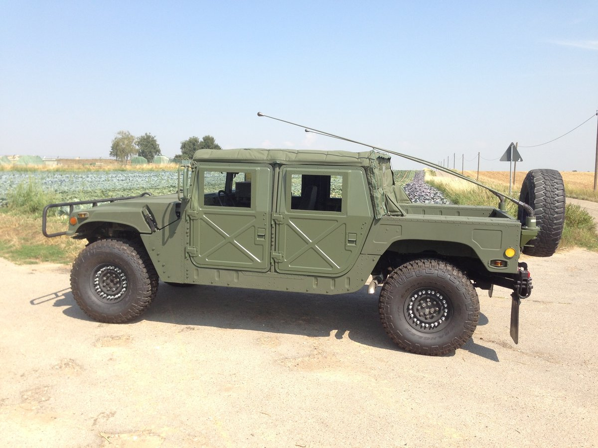 1999 Military H1 M1113 Spec Superb condition like new For Sale (picture 1 of 6)