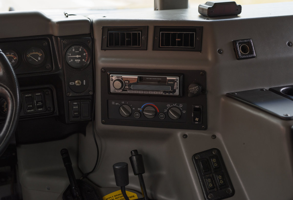 1997 Hummer H1 LHD For Sale in London For Sale (picture 20 of 24)