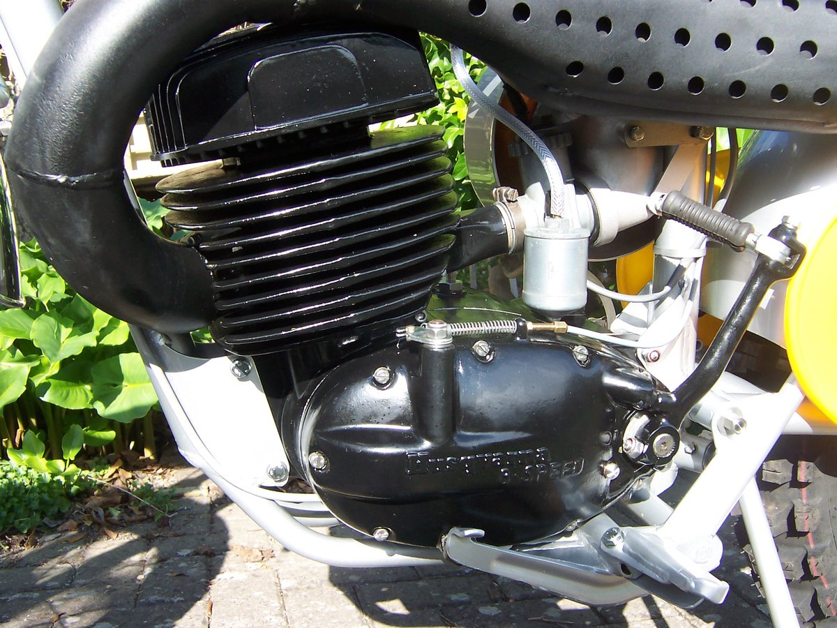 1970 Husqvarna 400 cross twinshock pre 65 For Sale (picture 3 of 6)