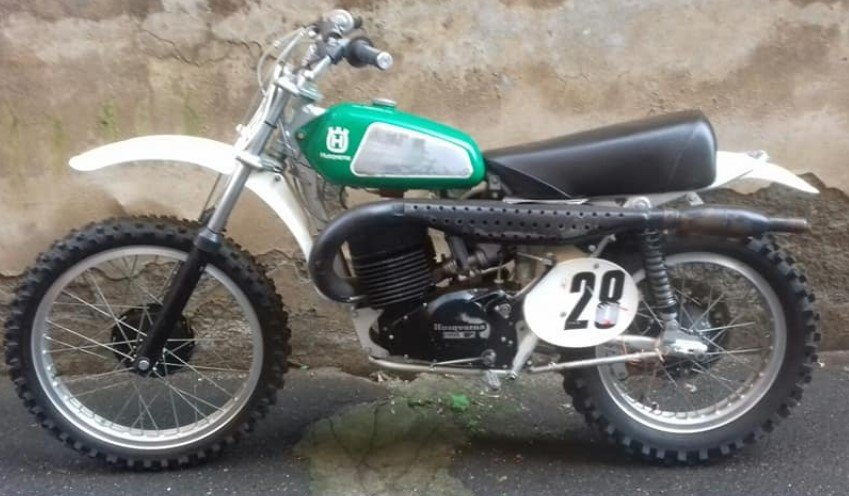 HUSQVARNA CR 400 1974, NEVER RESTORED INCREDIBLE PATINA For Sale (picture 1 of 6)
