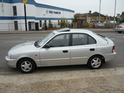 Accent 1.5 CDX 5dr  AUTO  SOLD (picture 1 of 6)