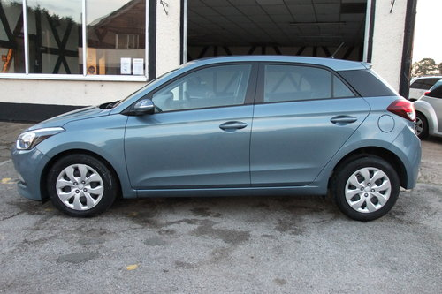 2016 HYUNDAI I20 1.2 MPI S AIR 5DR For Sale (picture 2 of 6)