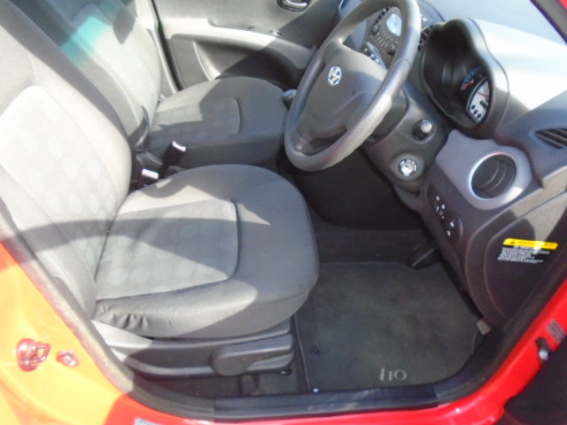 2010 Hyundai i10 5 Dr Hatch, 1248cc. Only 18555 miles!! For Sale (picture 5 of 6)