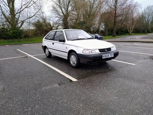 Picture of 1993 Hyundai Pony (Sonnet X2)