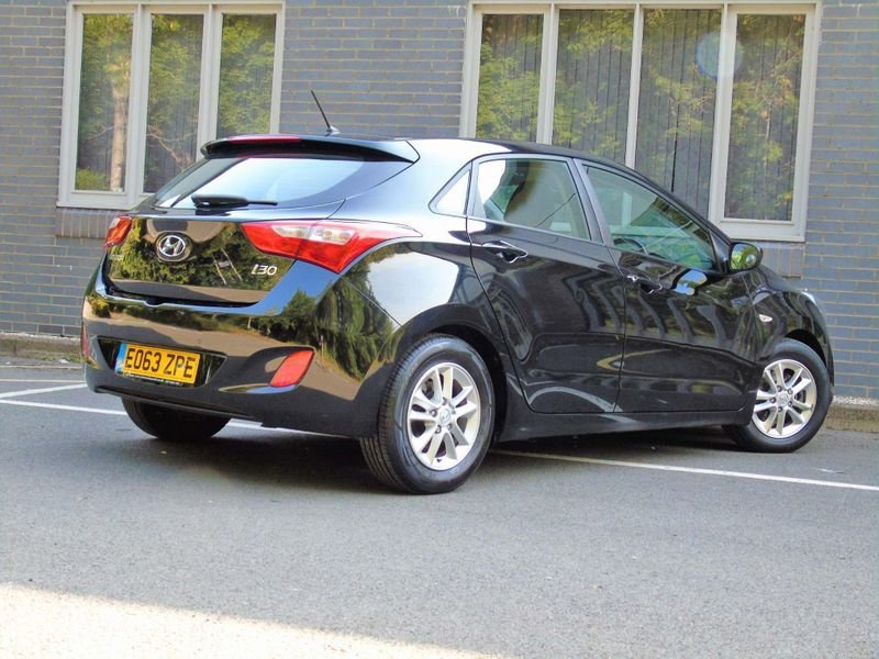 2013 Hyundai i30 1.4 Active 5dr SOLD (picture 4 of 10)