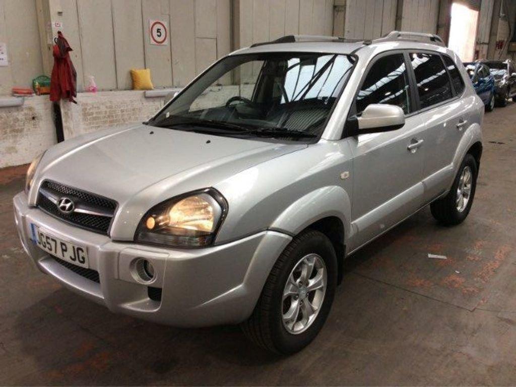 2010 Hyundai Tucson 2.0 CRTD Premium 2WD 5dr For Sale (picture 1 of 4)