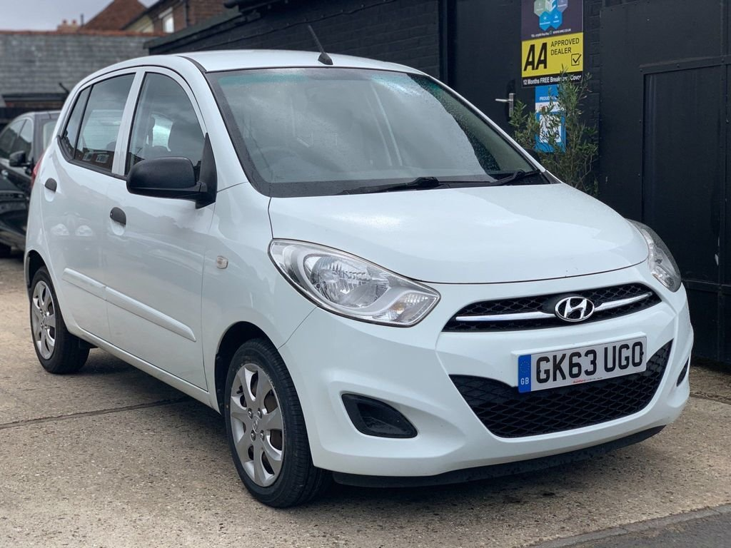 2013 Hyundai i10 1.2 Classic 5dr For Sale (picture 1 of 3)