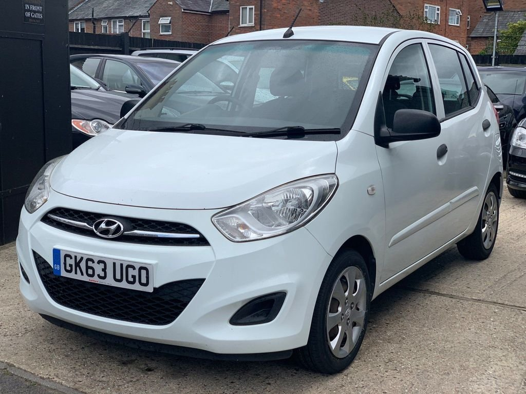 2013 Hyundai i10 1.2 Classic 5dr SOLD (picture 2 of 3)