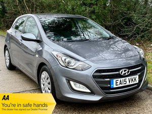 Picture of 2015 Hyundai i30 CRDI S BLUE DRIVE - 76,000 miles. Great value! For Sale