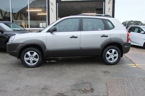 2006 HYUNDAI TUCSON 2.0 GSI DRTD 4WD 5DR SOLD (picture 2 of 6)
