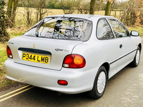 1996 Hyundai Accent Coupe 1.3, only 30,000 Miles, March 2019 MOT! For Sale (picture 3 of 6)