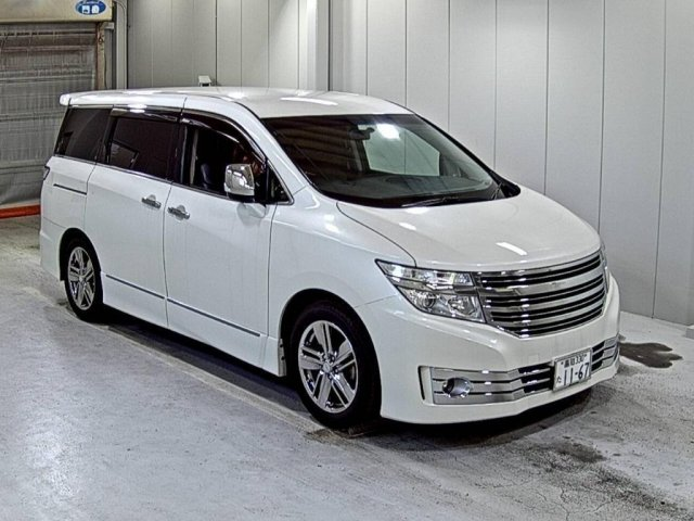 2010 Nissan elgrand 3.5 newshape huge spec For Sale (picture 2 of 2)