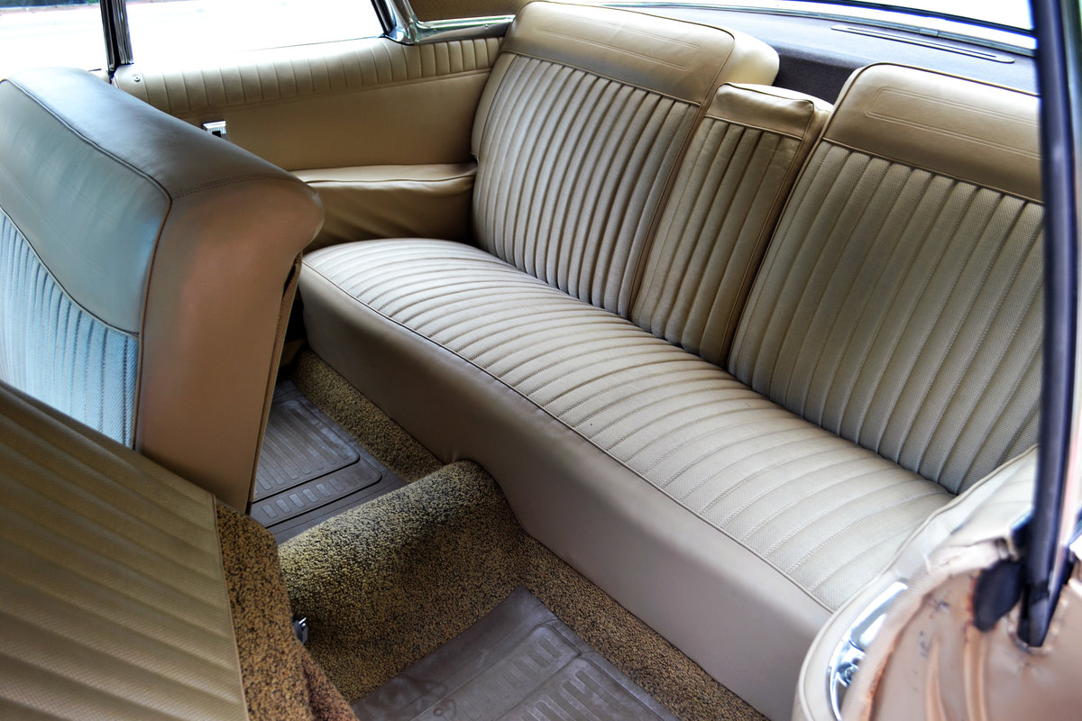 Chrysler Imperial Custom Southampton Two-Door 1963 For Sale (picture 5 of 6)