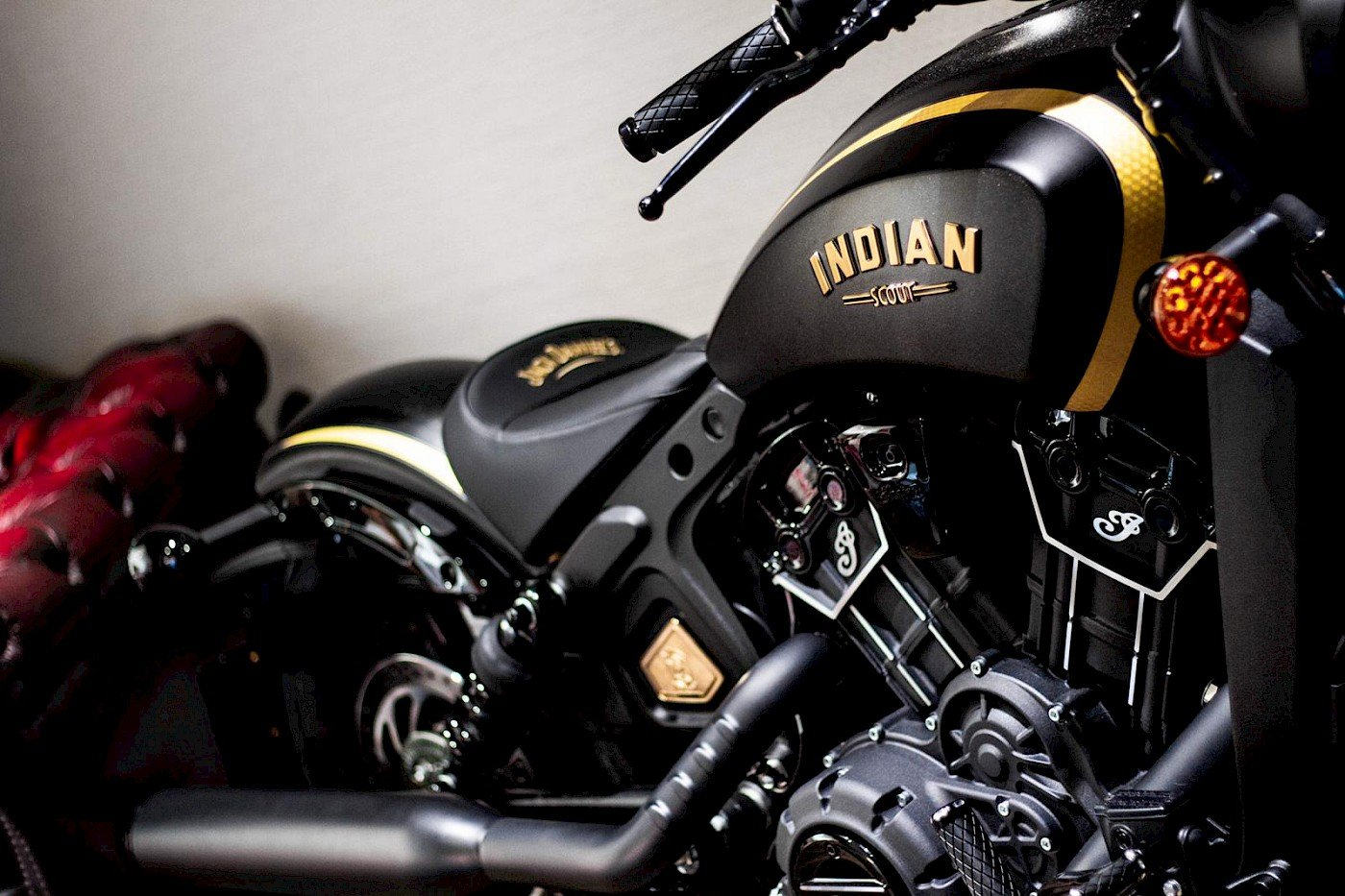 2018/68 Indian Scout Bobber Jack Daniel's Edition For Sale (picture 3 of 6)