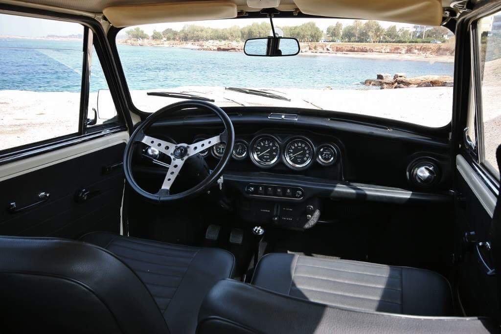 1973 Innocenti Mini Cooper 1300 Export- sunroof For Sale (picture 2 of 6)