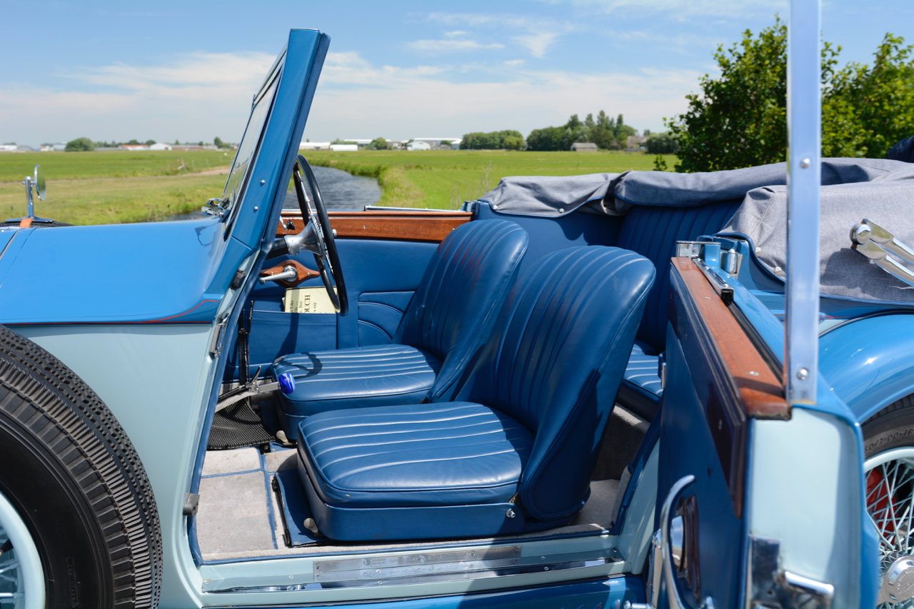 Invicta S-type Low Chassis Drophead Coupé 1934 For Sale (picture 5 of 6)