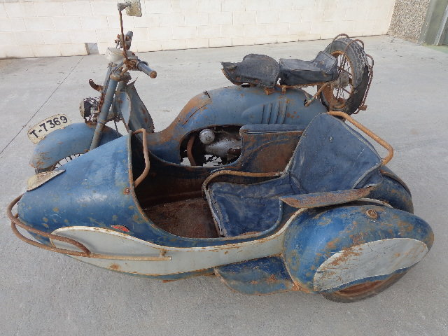 1957 Iso 125 with sidecar  For Sale (picture 1 of 6)