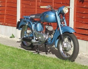 1954 blue iso moto     cracking new price SOLD