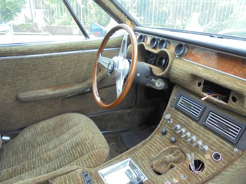 1971 Iso Rivolta Lele 325 manual gearbox - project For Sale (picture 5 of 6)