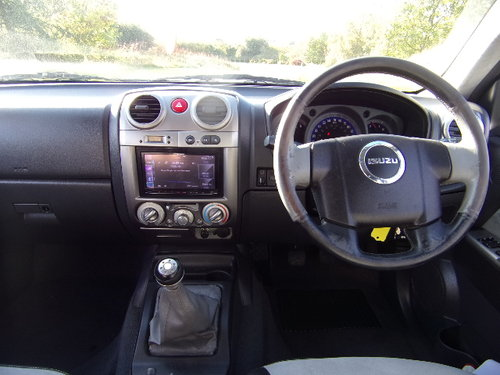 2009 Isuzu Rodeo 3.0 Den Max Le Sport For Sale (picture 5 of 6)