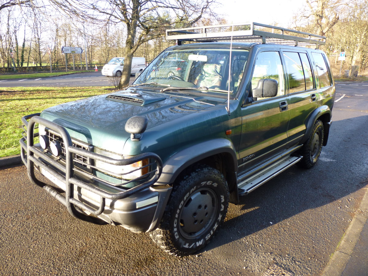 1996 Isuzu trooper very well maintained, extra kit. SOLD (picture 6 of 6)