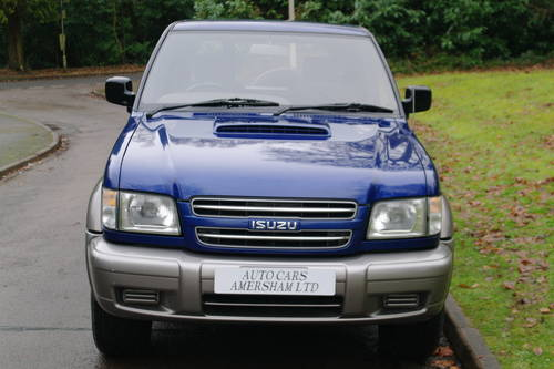 Isuzu Trooper Commercial. 3.0 Diesel. 4x4. Very Low Miles..  SOLD (picture 3 of 6)