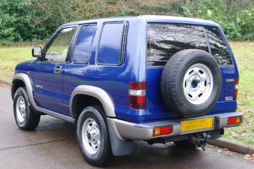 Isuzu Trooper Commercial. 3.0 Diesel. 4x4. Very Low Miles..  SOLD (picture 6 of 6)
