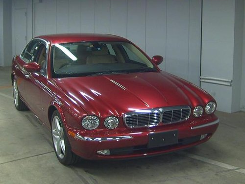 Jaguar XJ6 3.0 2007 Only 31k miles and like new! For Sale (picture 1 of 3)