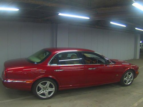 Jaguar XJ6 3.0 2007 Only 31k miles and like new! For Sale (picture 2 of 3)