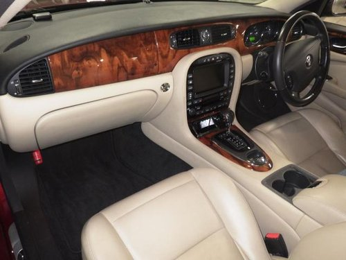 Jaguar XJ6 3.0 2007 Only 31k miles and like new! For Sale (picture 3 of 3)