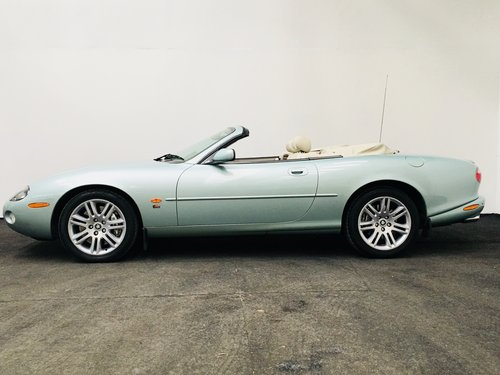 2003 JAGUAR XKR 4.2 CONVERTIBLE - LOW MILEAGE SOLD (picture 3 of 6)