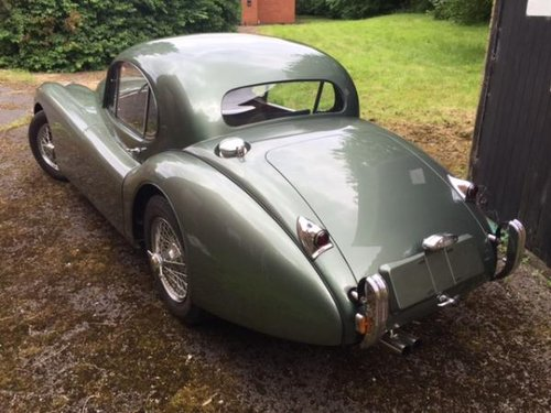 http://www.fenderbroad.com/cars-for-sale/1953-xk120-fhc-lhd. For Sale (picture 3 of 6)