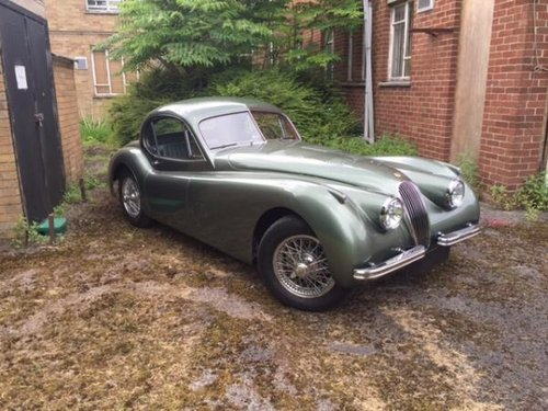 http://www.fenderbroad.com/cars-for-sale/1953-xk120-fhc-lhd. For Sale (picture 4 of 6)