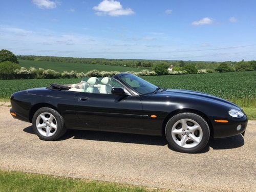 2002 Jaguar XK8 Convertible One family ownership SOLD (picture 5 of 6)