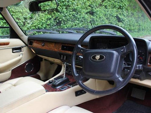 1960 1990 Jaguar XJS V12 Convertible - 57k miles, FSH For Sale (picture 4 of 6)